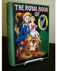 The Royal Book of Oz: In which Scarecrow goes to search for his family........